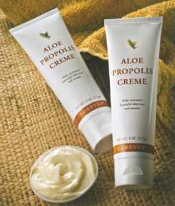 Foloseste Aloe Propolis Creme pentru ingrijirea tenului